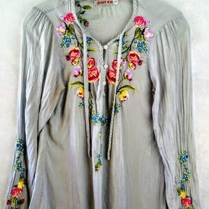 Johnny was tunic size s